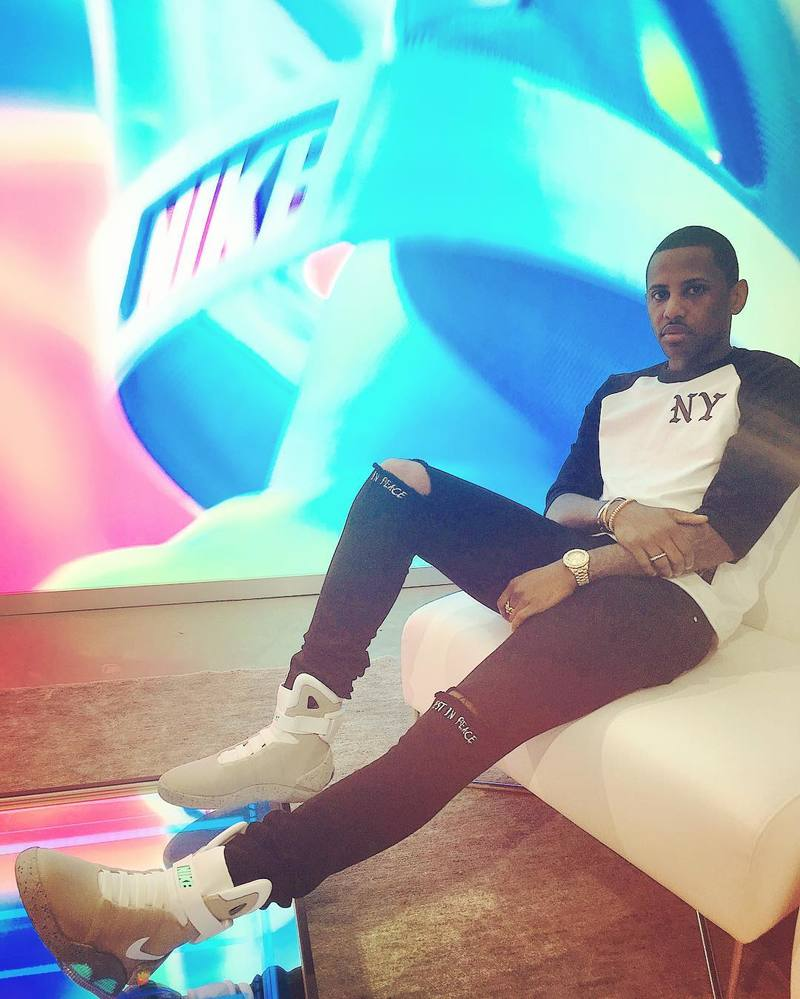 Fabolous Wearing 2016 Nike Air Mag Sneakers And RTA Jeans