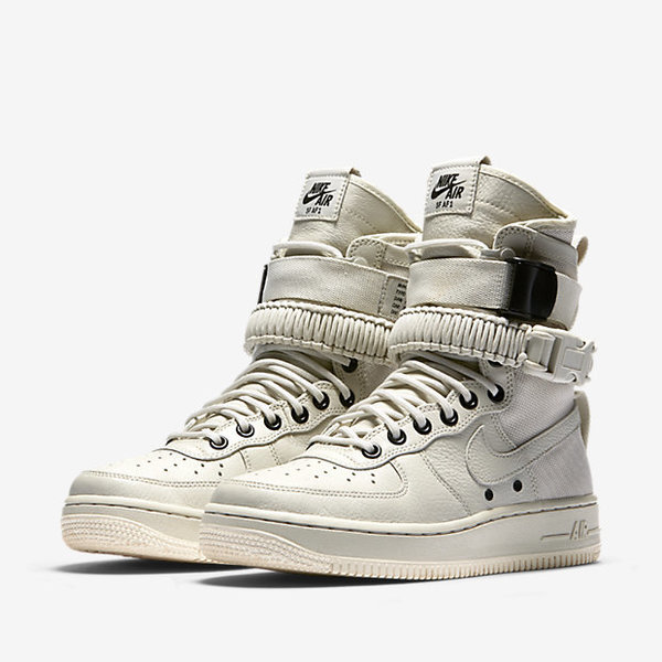 nike-special-field-air-force-1-light-bone