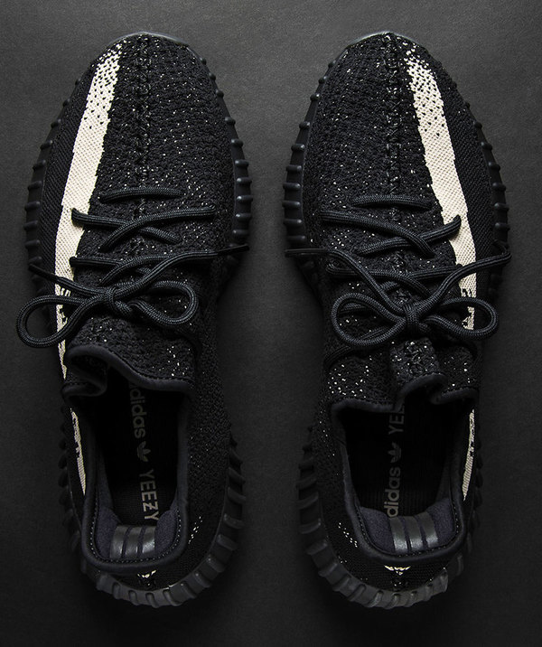 Yeezy Boost 350 V2 Black White 3