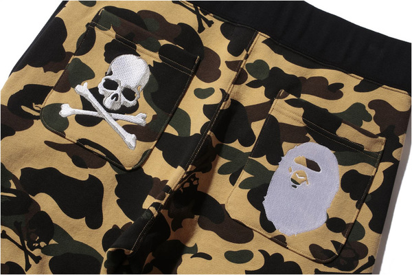 A BATHING APE × mastermind JAPAN SLIM SWEAT PANTS YELLOW 2