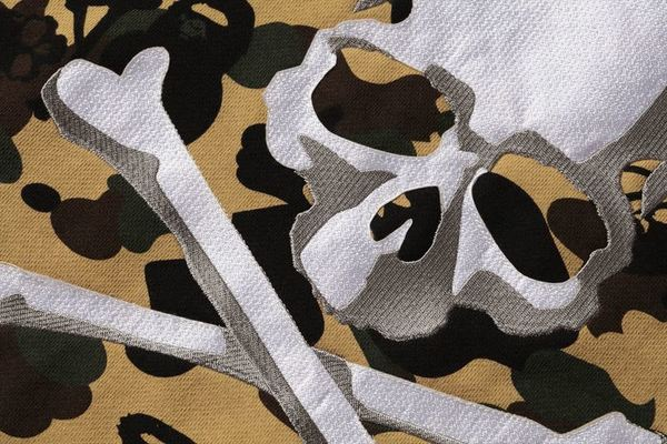 A BATHING APE × mastermind JAPAN CAMO PULLOVER HOODIE 3