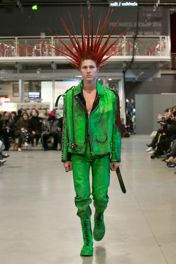 Vetements 2017 Fall Winter Couture Collection 3