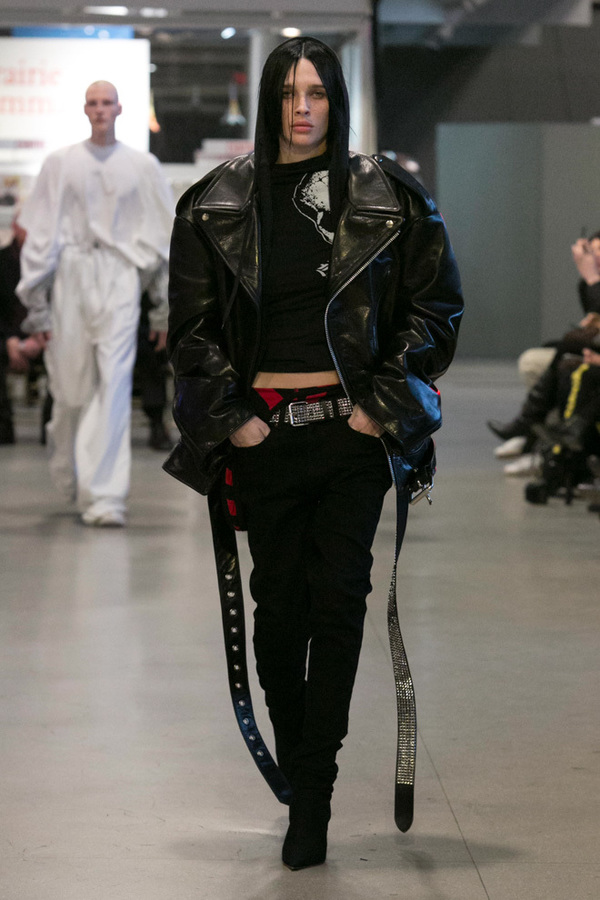 Vetements 2017 Fall Winter Couture Collection 9