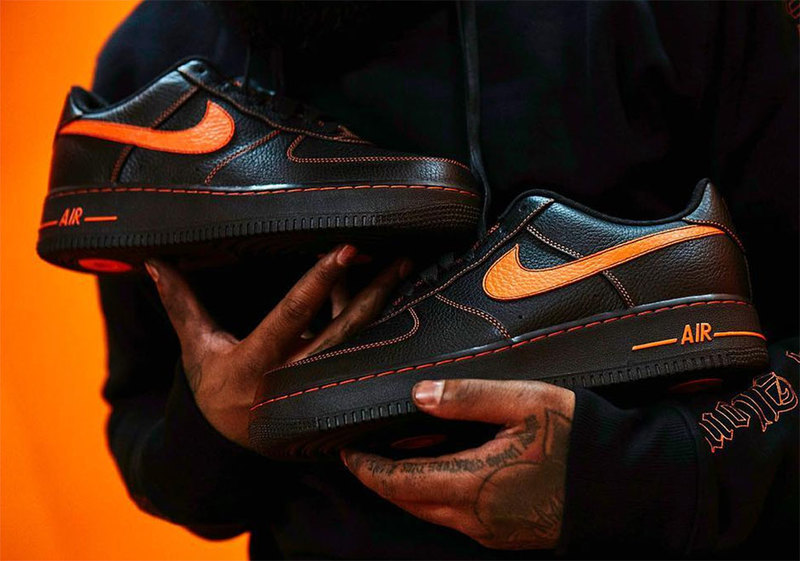 Nike Air Force 1 Low × Vlone Top