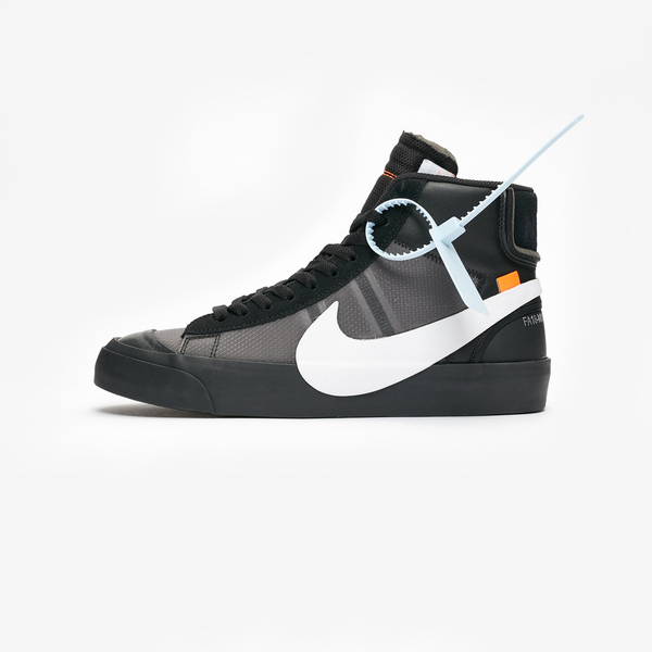 Off-White × NIKE BLAZER MID SPOOKY PACK 08