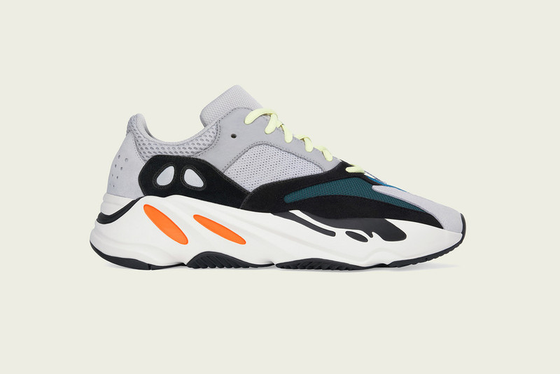 YEEZY BOOST 700 top