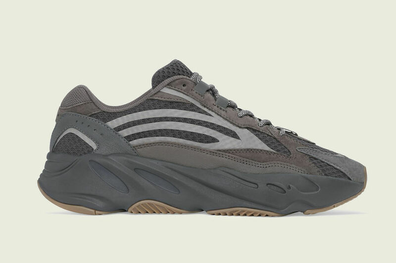 adidas Yeezy Boost 700 V2 Geode top