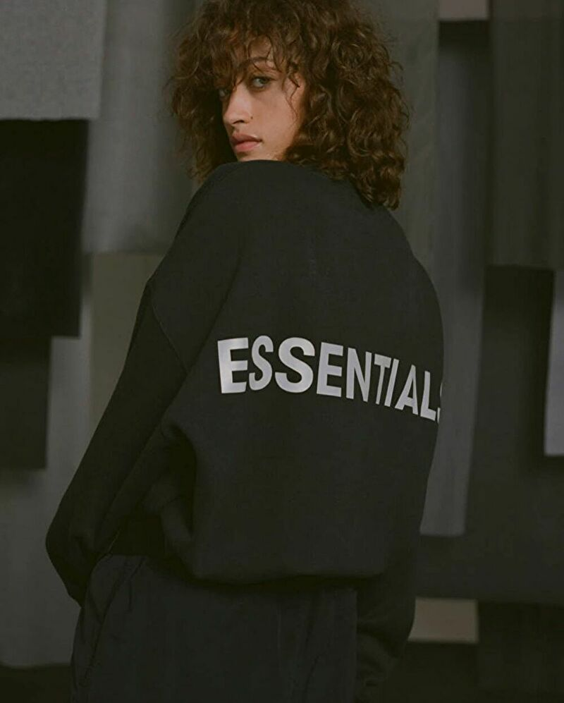 ESSENTIALS Fall 2019 top